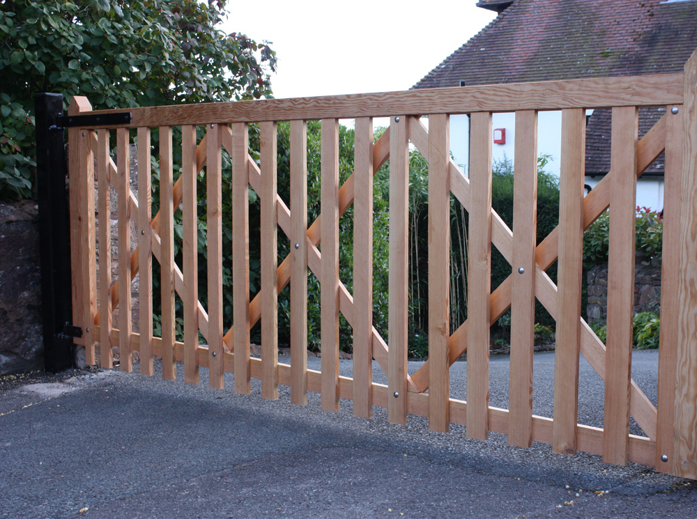 Wooden_Gates_Bridgwater